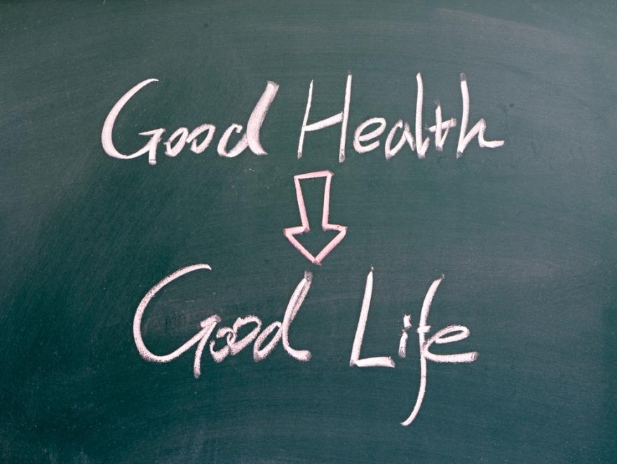good health good life written on blackboard